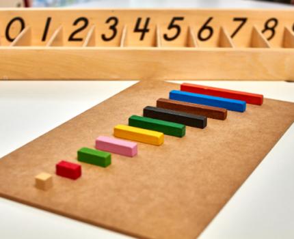 Jak wybrać zabawki w stylu Montessori?